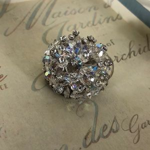 Jewelry - Vintage Aurora Borealis Crystal Broach 3D Large